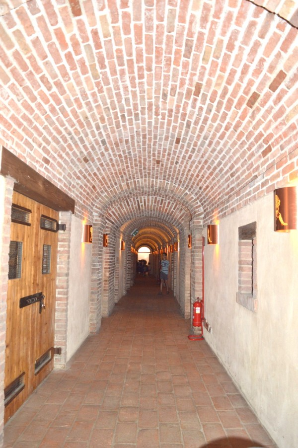 poli cellars