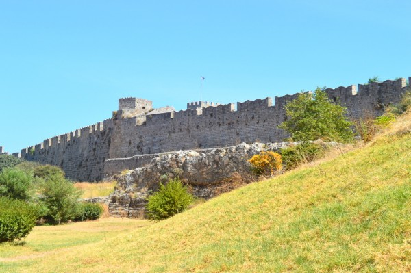 Rhodes dry moat