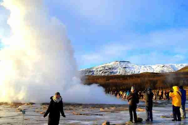 Watch the geyser blow!