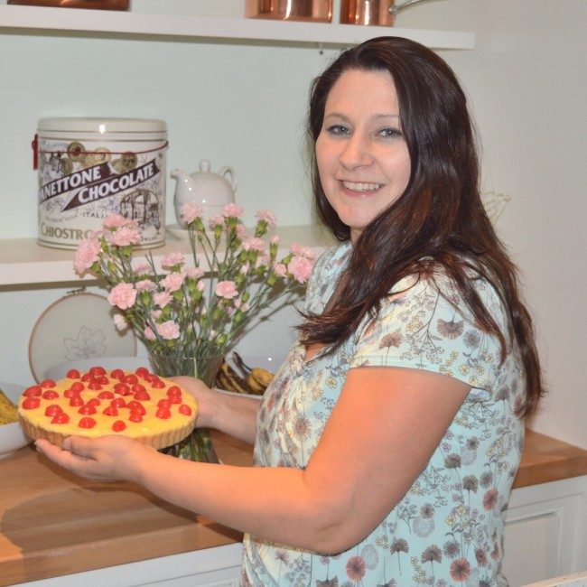 19 Tania Sullivan with dessert