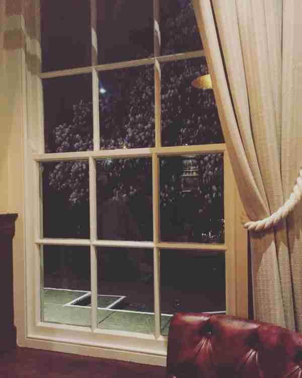 FR Window