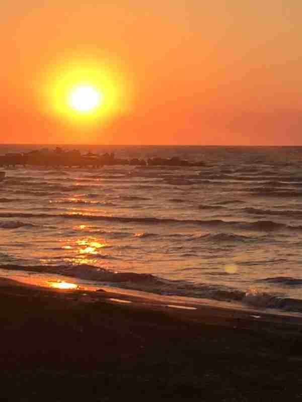 ALBANIA kamping pa emer sunset