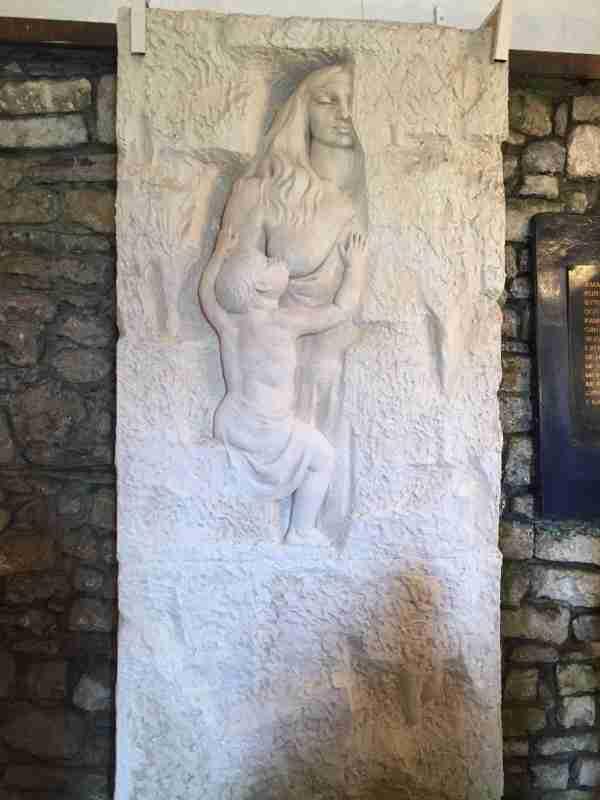 rozafa in wall
