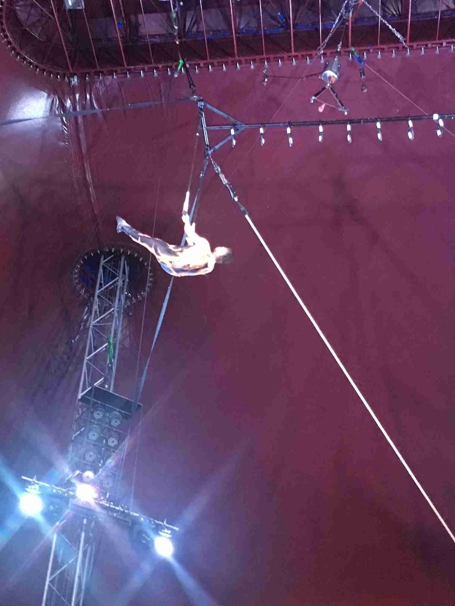 Zippos Circus Aerielist Alex Michael (2)