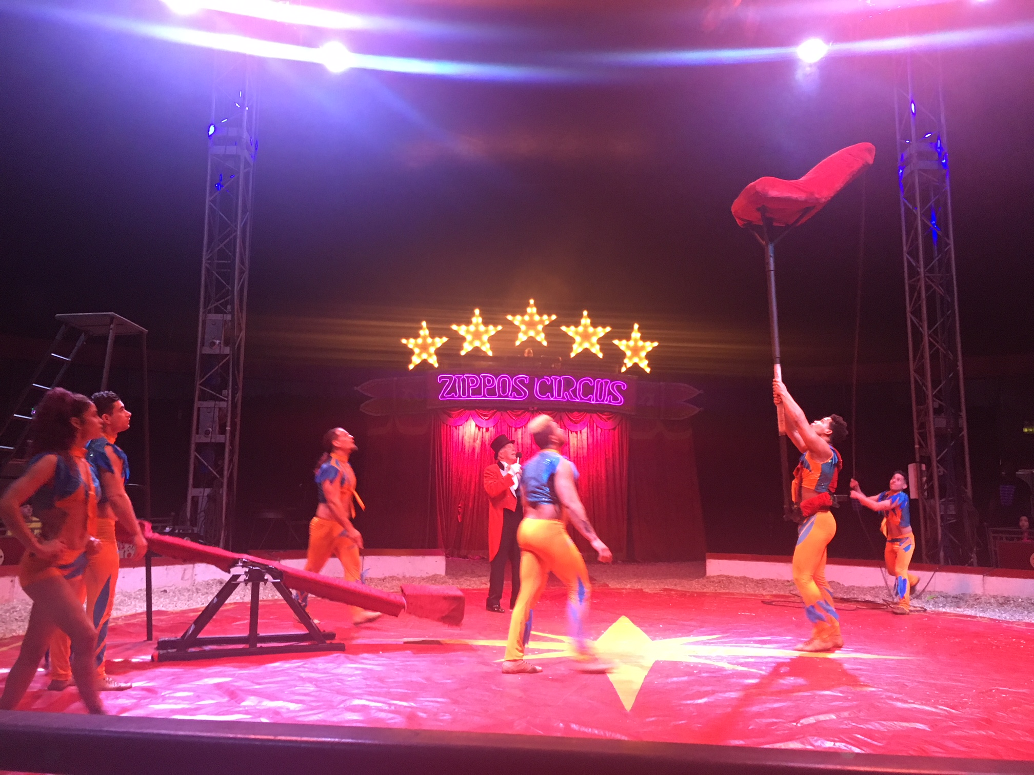 Zippos Circus Hermansito Troupe 3